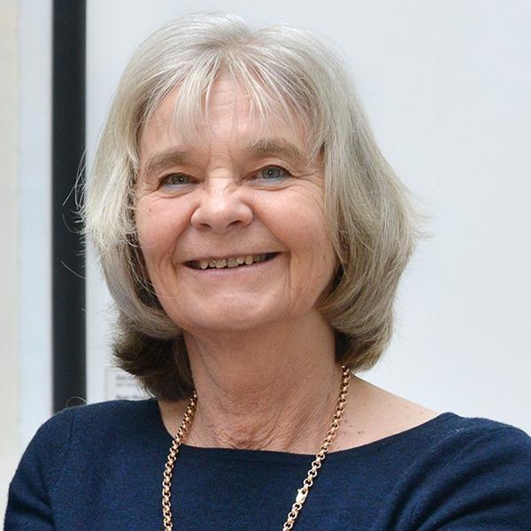Christine Bond